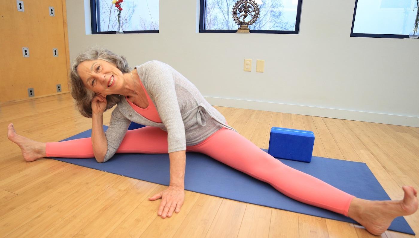 Lillah Teaches For Yoga U Online Yoga With Lillah
